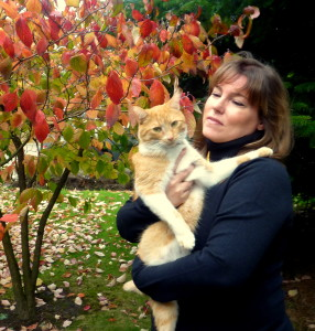 Mayra Calvani and her cat (2)